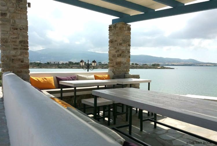 Our last trip around some Cycladic islands included a stay on Antiparos. At the end of the sea promenade lies Kouros Village Antiparos, our home there.