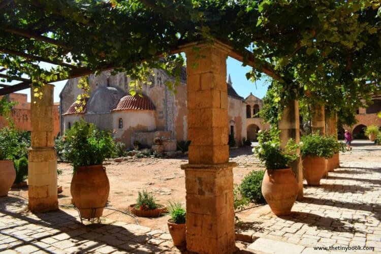 Crete: Arkadi Monastery, the gardens
