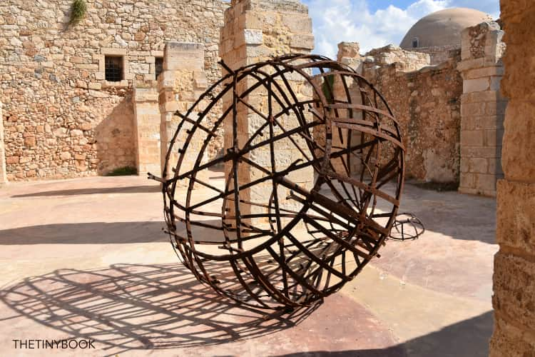 Inside the Fortezza of Rethymnon, the dome of the Mosque in the back.